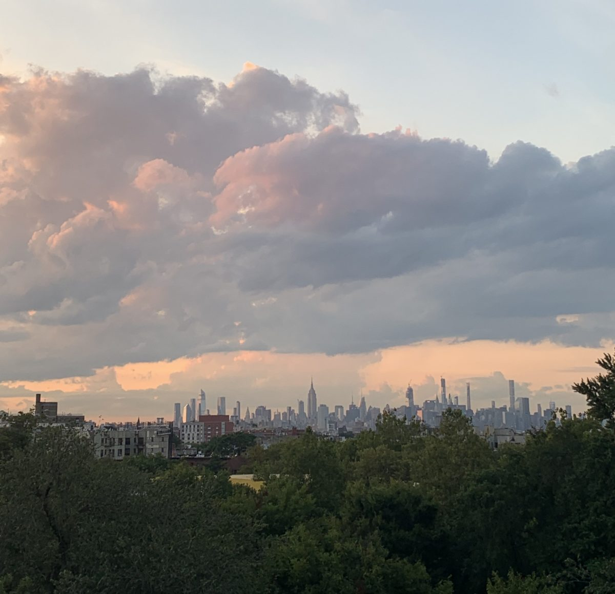 sunset view of manhattan and brooklyn from crown heights